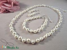 Meska - Hullámos gyöngysor esküvőre Swarovski gyöngyből Edina09 kézművestől Pearl Necklace, Pearls, Jewelry, Fashion, Moda, String Of Pearls, Bijoux, Jewlery