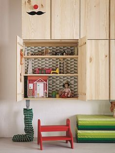 Need a doll house? We have selected 5 great Ikea hacks.Turn a piece of Ikea furniture into a dolls house. Read on. Ikea 2015, Ikea Ivar Cabinet, Ikea Dollhouse, Hacks Ikea, Best Ikea, Ikea Furniture, House Furniture, Furniture Cleaning, Plywood Furniture