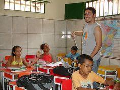 Comunidad Baixa do Sapateiro, Río de Janeiro, Brasil. PROYECTO UERÊ es una escuela modelo con una pedagogía alternativa pensada desde las necesidades de los niños de las favelas. projetouere.org.br/