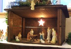 Google Image Result for http://www.familychristmasonline.com/nativities/mom_n_dads_nativity.jpg