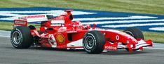 Schumacher (Ferrari) in practice at USGP 2005 - Историја Формуле 1 — Википедија, слободна енциклопедија