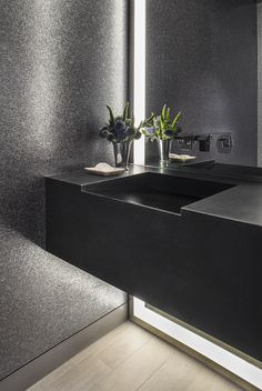 | interior | bathroom | matte black | silver | mirror | concealed lighting | texture |