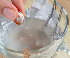 Jewelry hacks - How To Fix Fake Jewelry Green Rings, Tarnish, Discoloration & More – Jewelry hacks Cheap Jewelry, Diy Jewelry, Jewelery, Jewelry Making, Gold Jewelry, Diamond Jewelry, Organizing Jewelry, Jewelry Rings, Costume Jewelry Crafts