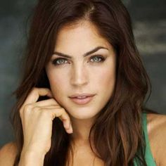 Another year, another bad break for General Hospital actress Kelly Thiebaud. Thiebaud broke her wrist in a skateboarding mishap.
