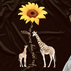 How appropriate is this! Sunflowers and giraffes! Giraffe Decor, Giraffe Art, Cute Giraffe, Giraffe Painting, Giraffe Pictures, Cute Animal Pictures, Baby Animals, Cute Animals, Giraffe Tattoos