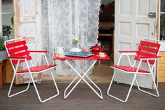 Retro Ulkokalustesetti - Varax Stol 305 och bord 401 Utemöbel - Varax chair 305 and table 401 retro garden set Outdoor Furniture Sets, Outdoor Decor, Folding Chair, Retro, Led, Home Decor, Garden, Modern, Table