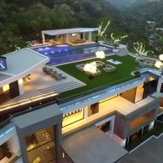 142 stunning modern dream house exterior design ideas-page 9 House Plans Mansion, Dream Mansion, Mansion Houses, Dream Home Design, Modern House Design, Modern Houses, Style At Home, Pool House Decor, Architecture Résidentielle