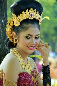 Model Cantik by arthamade