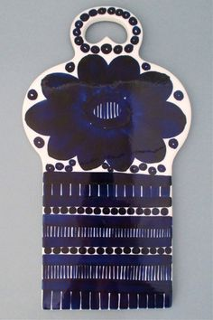 Arabia, Finland - vintage modernist ceramic Valencia cheese board by Ulla Procope