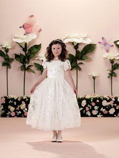 15 Modelos de Vestido de Daminhas de Casamento - Vestido com mangas e rendas by Tutti Sposa