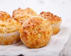 Muffins au reblochon et aux oignons