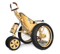A new wheelchair from Trekinetic especially designed for driving through sandy areas: THE DESERT SCORPION. It has 7 wheels (!) and can be changed into a normal wheelchair with 3 wheels within a few moments. (NB! Special price for soldier veterans).