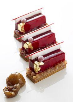 """Bûchette Marron cassis by French Chef francés """"Christophe Michalak"""" Creation… Fancy Desserts, Gourmet Desserts, Gourmet Recipes, Delicious Desserts, Plated Desserts, Dessert Recipes, Yummy Food, Patisserie Fine, Dessert Presentation"""