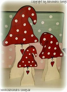 Decorative objects – 3 mushrooms, wood, toadstool, mushroom, self-standing – a designer piece … – Woodworking 2020 Wood Block Crafts, Wooden Crafts, Diy Wood Projects, Woodland Christmas, Christmas Crafts, Styrofoam Art, Diy Crafts To Do, Craft Sale, Spring Crafts