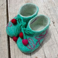 The purchase of these shoes helps send a young girl to school in Peru through the Sacred Valley Project! SO STINKIN' CUTE!