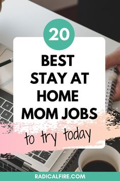 Are you a stay at home mom who needs or wants to work as well? Here are some great side stay at home mom jobs that all share one thing: flexibility #workfromhome #momjobs #stayathomemom #makemoney Dividend Investing, Teaching English Online, Creating Wealth, Finance Organization, Financial Peace, Stay At Home Mom, Managing Your Money, Investing Money, Budgeting Tips