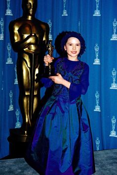 Anna Paquin at the 66th Academy Awards, 1994.      11 year old Anna Paquin won the award for Best Supporting Actress for her role in The Piano (1993).