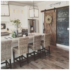 Best modern farmhouse kitchen design ideas (4)