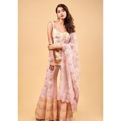 Pooja Hegde Photographs POOJA HEGDE PHOTOGRAPHS : PHOTO / CONTENTS  FROM  IN.PINTEREST.COM #BLOG #EDUCRATSWEB