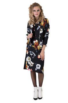 Farrah Fare Dress   Designer Fashion   New Zealand   Annah Stretton Winter 2017, Faeries, Body Shapes, Designer Dresses, Scoop Neck, Short Sleeves, Slim, Fashion Design, Collection