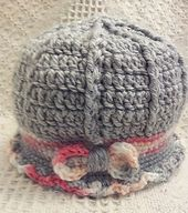 Ravelry: Zoe's Hat Crochet pattern by Amy Carrico Comes in sizes: Preemie, Newborn, 3-6 months, 6-12 months, 2-3 toddler