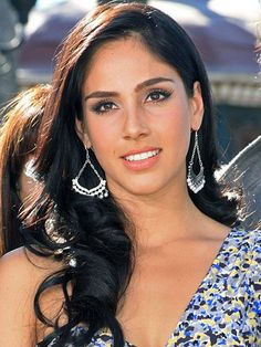 Supposedly I look like her :/