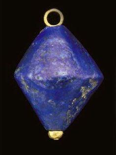 A large Sumerian lapis lazuli bead, c. 2500 BC