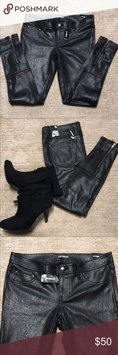Express Black Stella Legging Brand new with tags!! Women's Express Shiny Black Stella Legging. Regular fit, low-rise. Size small, has zippers on back of ankle. Express Pants Leggings