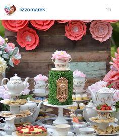 Garden moss cake