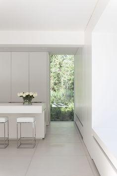 La simplicidad es un signo de perfección, el diseño interior del estudio Minus
