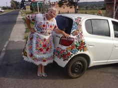 Hungarian grandma in Kalocsa traditional costume. Just love it! Chain Stitch Embroidery, Learn Embroidery, Embroidery Stitches, Embroidery Patterns, Hand Embroidery, Floral Embroidery, Stitch Head, Hungarian Embroidery, We Are The World