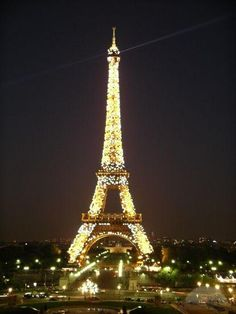eiffle tower at night photo - Yahoo Image Search Results