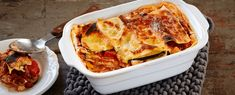 Kasvis-härkäpapulasagne - Versofood.fi | Versofood.fi Fast Day, Fish And Meat, Lasagna, Macaroni And Cheese, Side Dishes, Vegan Recipes, Ricotta, Veggies, Vegetarian