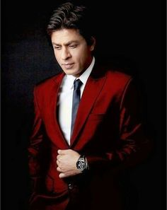 Shahrukh Khan reveals an interesting fact about Smriti Irani's step-daughter King Of My Heart, King Of Hearts, My King, Shahrukh Khan, Smriti Irani, Richest Actors, Half Girlfriend, Sr K, Makes You Beautiful