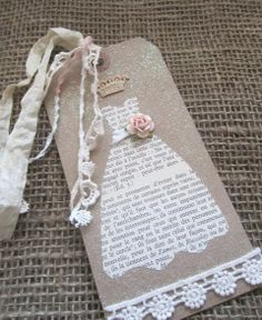 French Script Bridesmaid Tags Set of 8 - Vintage Wedding - Shabby Chic Wedding Diy And Crafts, Paper Crafts, Handmade Gift Tags, Handmade Bookmarks, Magazin Design, Dress Card, Card Tags, Greeting Card, Wedding Anniversary Cards