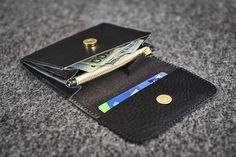 Wallet // Hand-stitched unisex wallet made of a quality vegetable tanned cow leather Black