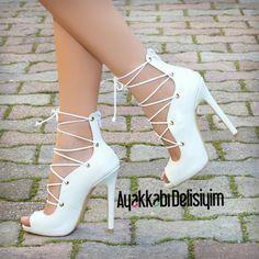 Beyaz Topuklu Ayakkabı #white #shoes #heels