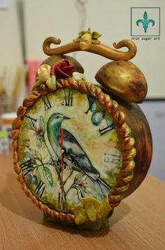 watch cake with mechanism by Crin sugarart