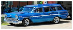 A 1958 Chevy Station Wagon I saw sitting in front of a local classic car restoration shop. A Chevy Station Wagon Old Vintage Cars, Old Cars, Antique Cars, 1958 Chevy Impala, Chevrolet Impala, Chrysler Valiant, Station Wagon Cars, Old Wagons, Chevrolet Bel Air