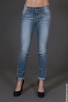 Joes Skinny Rolled Ankle Jean $165.00 #scottsdalejc #scottsdalejeanco #sjc #springfashion #joesjeans #anklejeans #skinnyjeans