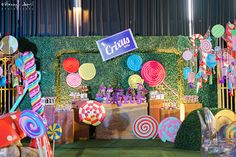 Crixus and the Chocolate Factory | Willy Wonka | Charlie and The Chocolate Factory |  http://babyandbreakfast.ph/2016/06/23/crixus-and-the-chocolate-factory/ | Backdrop | Photographer: Manny and April Photography