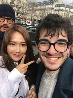 Jessica Jung with a Fan in Paris.