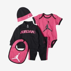 Nike Store. Jordan Flygirl Five-Piece Newborn Girls' Set