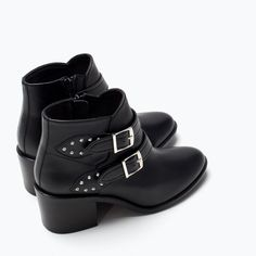ZARA - NEW THIS WEEK - LEATHER MID HEELED BUCKLED BOOTIE