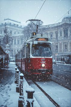 Experience your very own Winter Wonderland in Vienna ❄ Whether you're planning a trip with your… – foggy-arithmetic Winter Photography, Street Photography, Vienna Winter, Places To Travel, Places To See, Vienna Christmas, Destinations, U Bahn, Channel