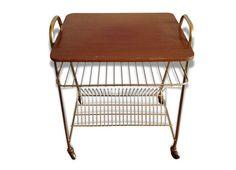 Table d'appoint avec range disques Table, Discus, Furniture, Desk, Tabletop, Desks