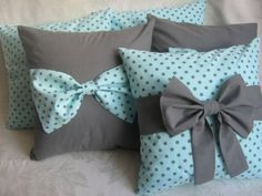 jakie to slodkie. Bow Pillows, Diy Throw Pillows, Diy Pillow Covers, Cute Pillows, Sewing Pillows, Kids Pillows, Cushion Covers, Bed Cover Design, Cushion Cover Designs