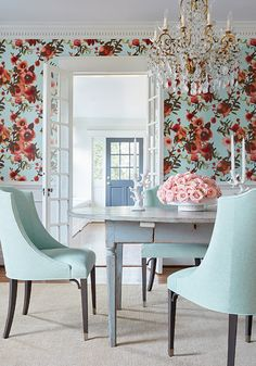Thibaut Open Spaces Aqua and Coral Wallpaper Cottage Chic, Design Tradicional, Teintes Pastel, Looking For Houses, World Of Interiors, Interiors Online, Kitchen Themes, Traditional Decor, Room Set