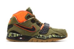 buy popular 87f61 dd4ec Bo Jacksons Nike Air Trainer SC II gets the camouflage treatment with the  introduction of a