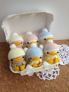 Baby Ducks ~ site is in Japanese - do not see pattern - guess inspiration only - so cute though! CROCHET